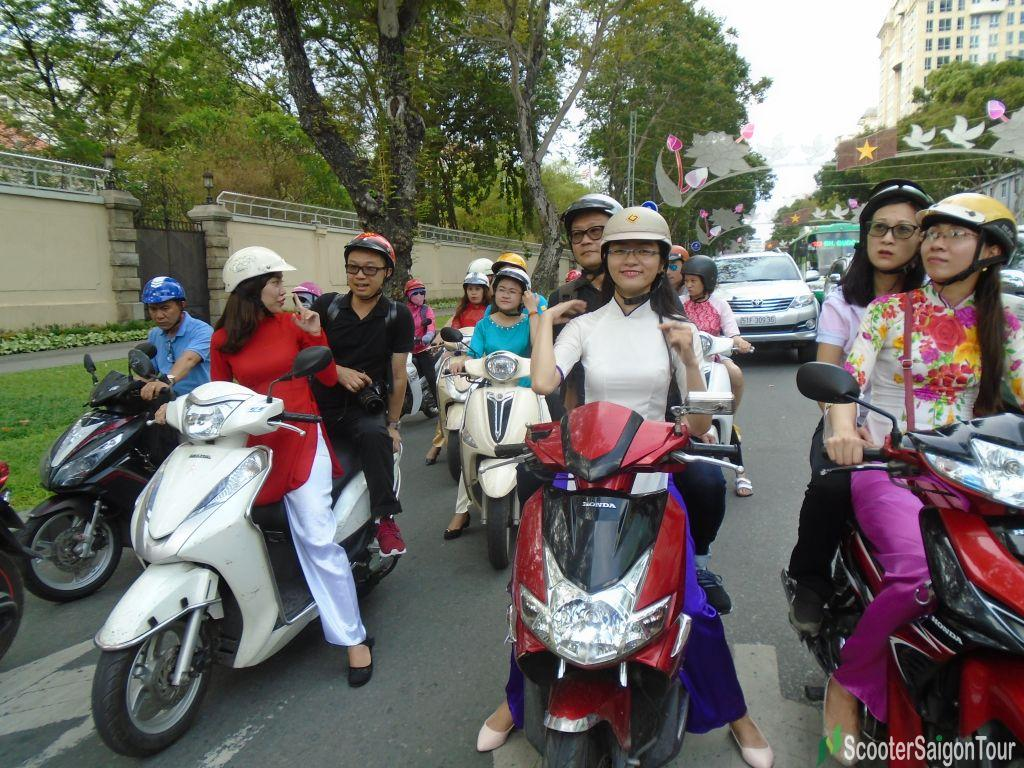 saigon motorbike tour tracy - Top 10 things to do in Saigon