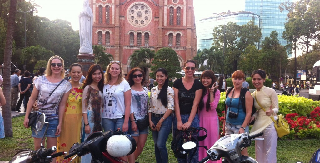 Taste of the Morning – a sunshiny Food Tour in Ho Chi Minh city – 50$