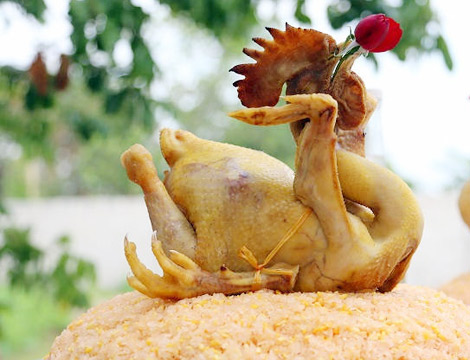 Vietnamese traditional food - boiled chicken