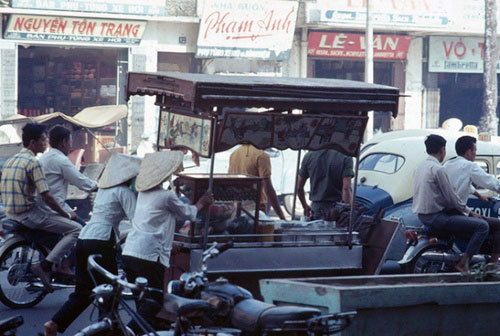 Saigon Street Food in the Past