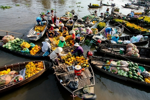 5 Impressive Floating Markets In Mekong Delta