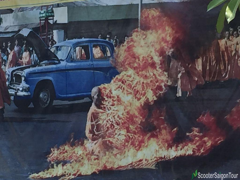 Thich Quang Duc Burned Himselt To Death