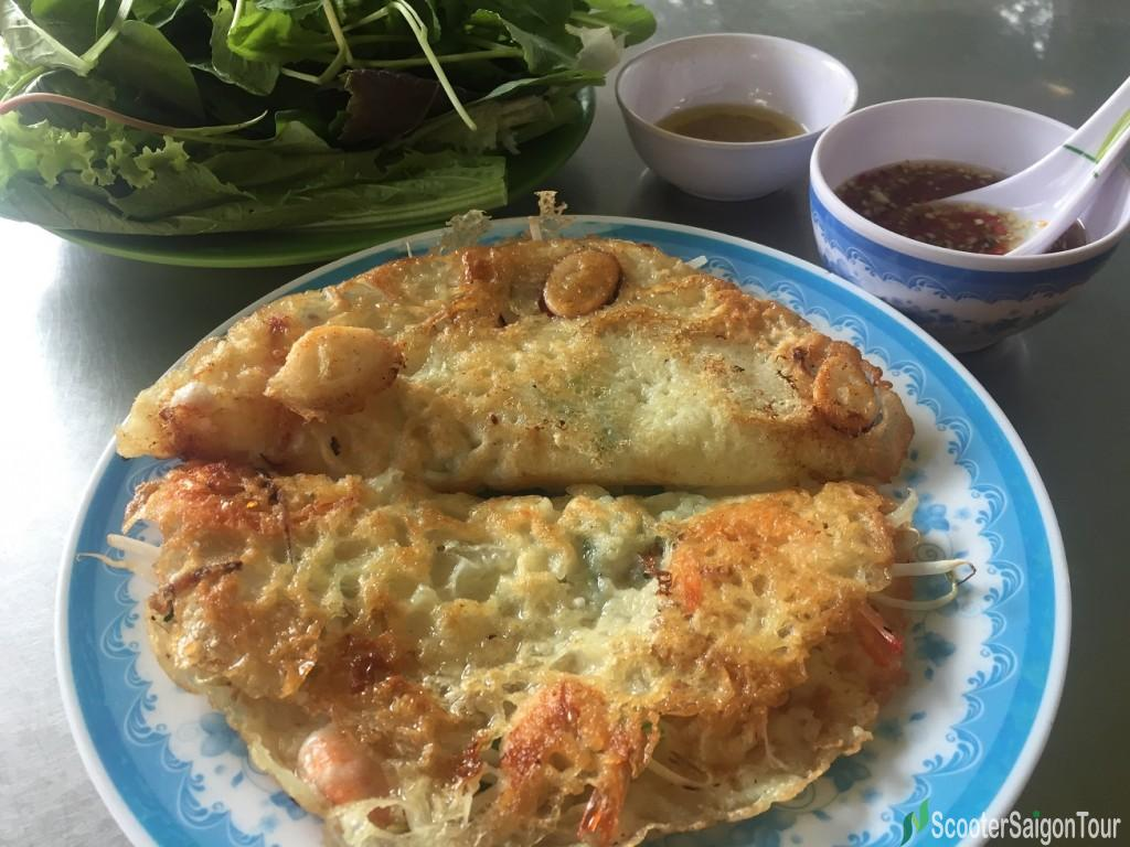 Vietnamese Pancake in Central Style at Banh Xeo Tom Nhay Thanh Dieu tracy