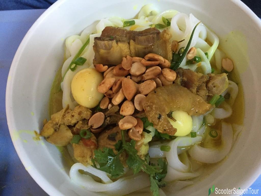 Quang Style Noodle - Top 10 Vietnamese foods