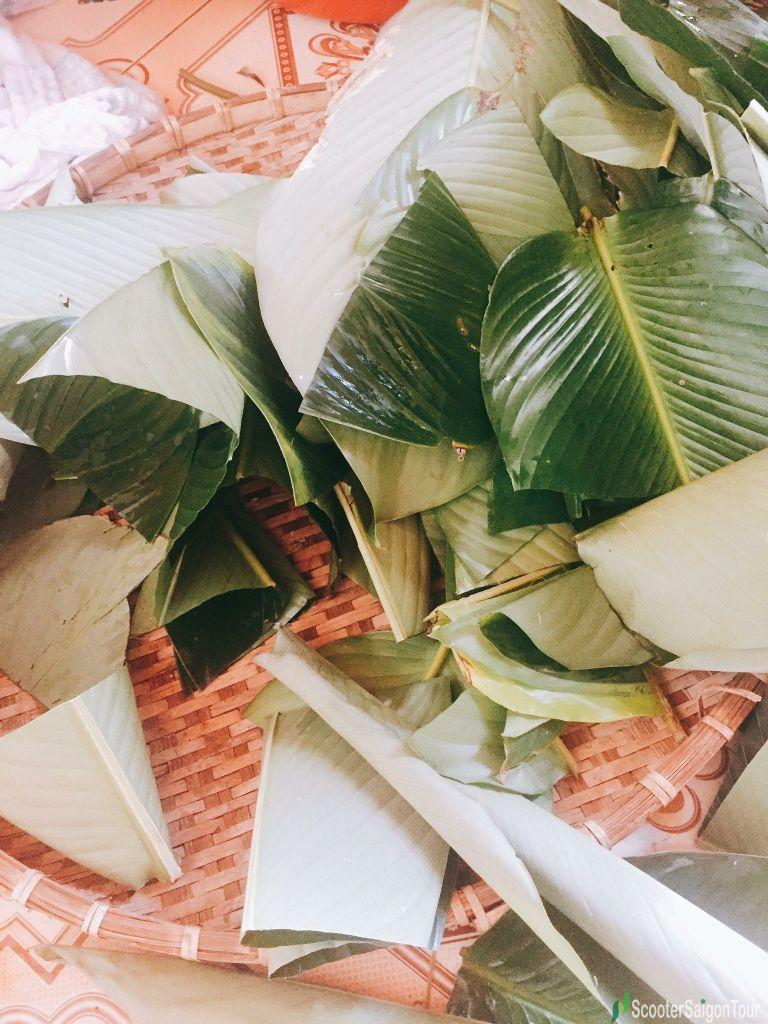 Dong Leaves Used To Make Vietnamese Square Glutinous Rice Cake