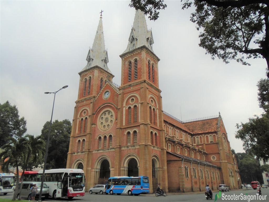 Notre Dame Cathedral In Saigon Tracy 2
