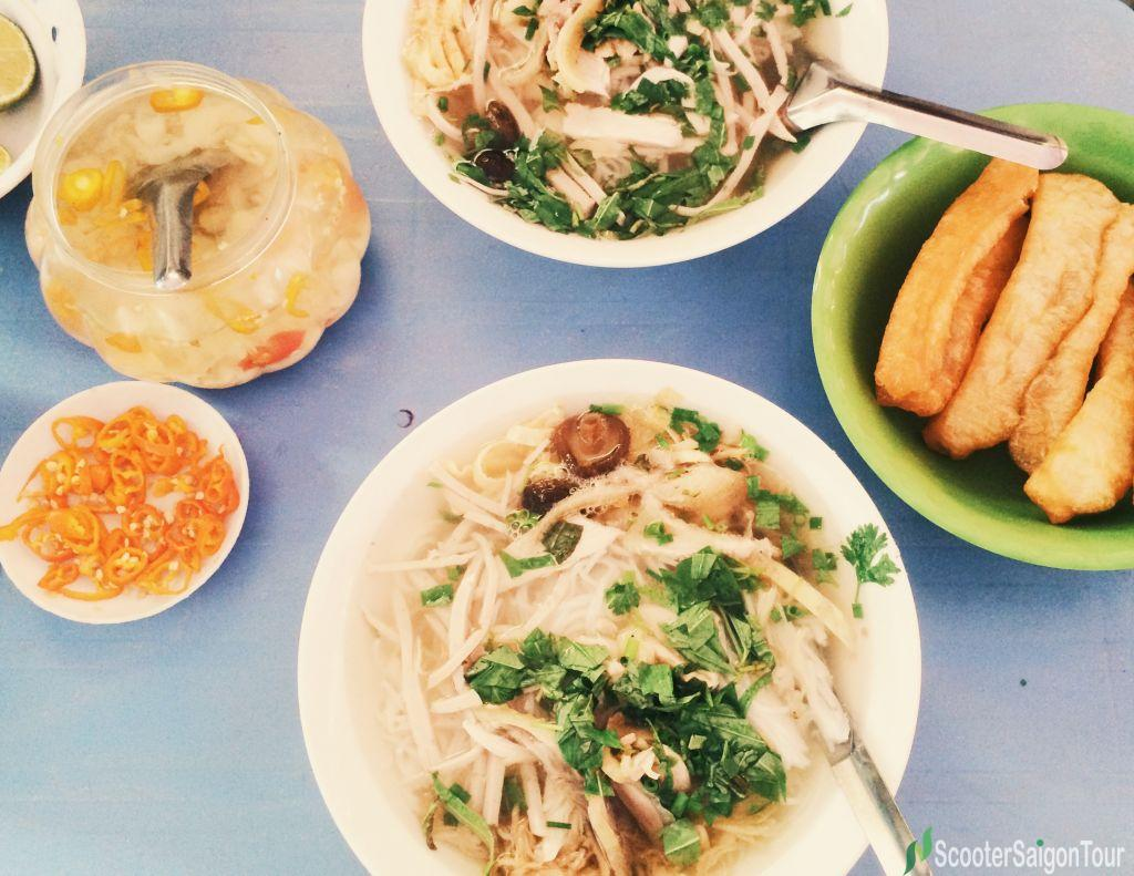Rice Noodle Soup With Duck And Bamboo Shoot