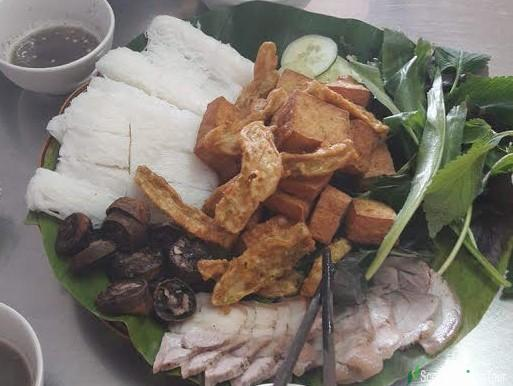 Tofu Noodles With Shrimp Paste or Rice Noodles with Fried Tofu and Fermented Shrimp Paste