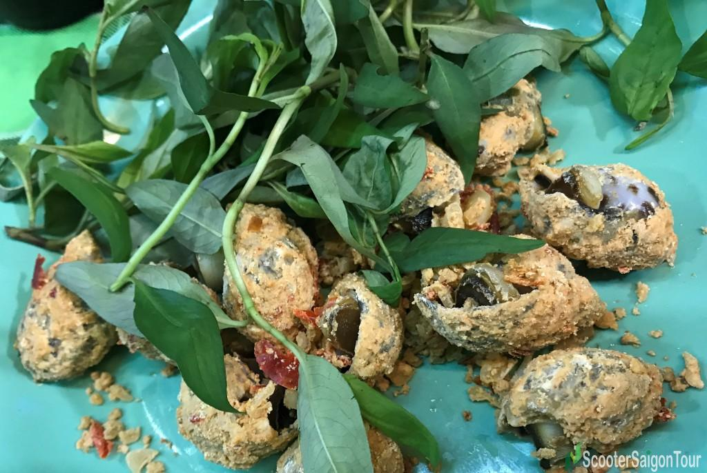 Oc Huong Rang Muoi Ot Or Roasted Sweet Snail With Salt And Chili - one of Top Seafood Dishes In Ho Chi Minh city
