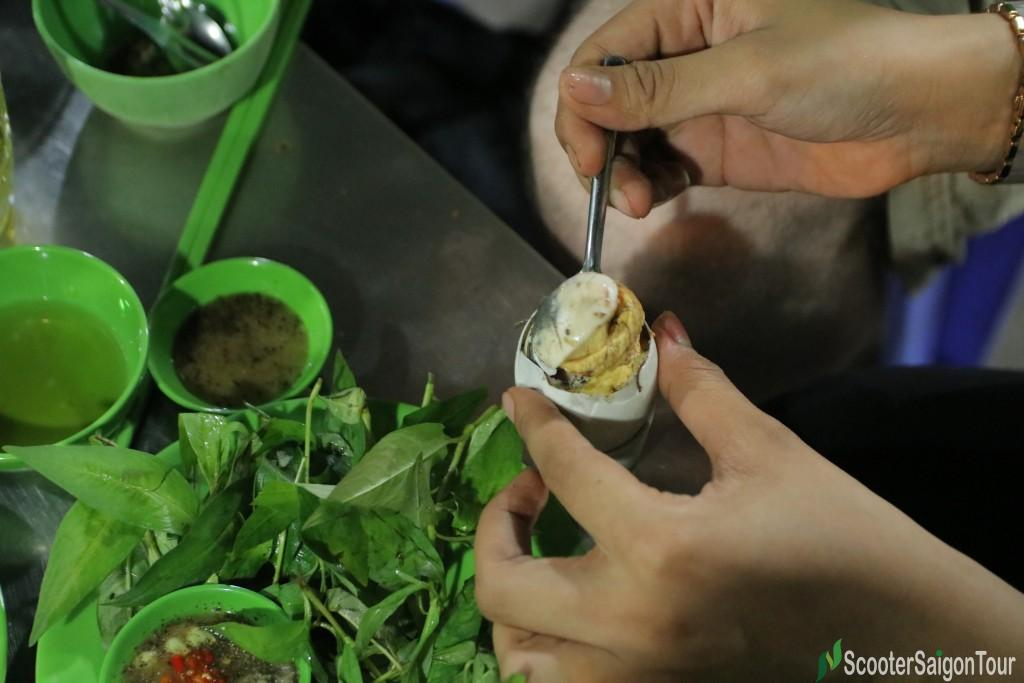 How To Eat Boiled Fermented Duck Egg In Vietnam 6