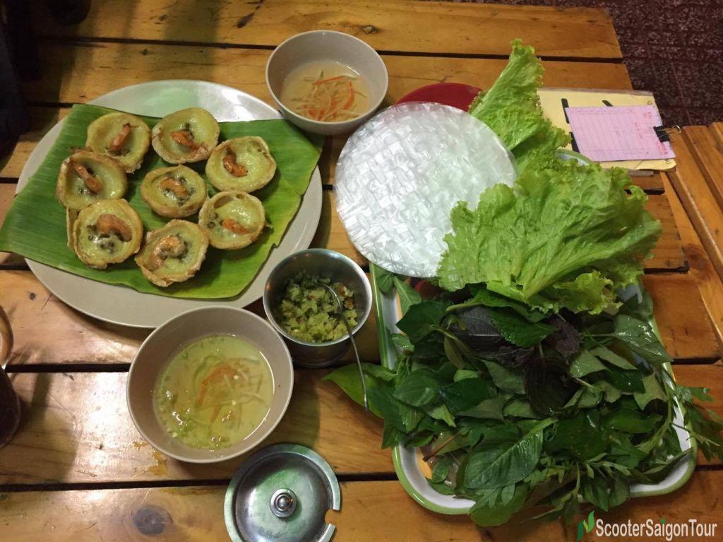 Khot Cake In Vietnam